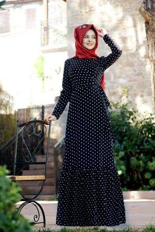 Puanlı Siyah Elbise Pınar Şems