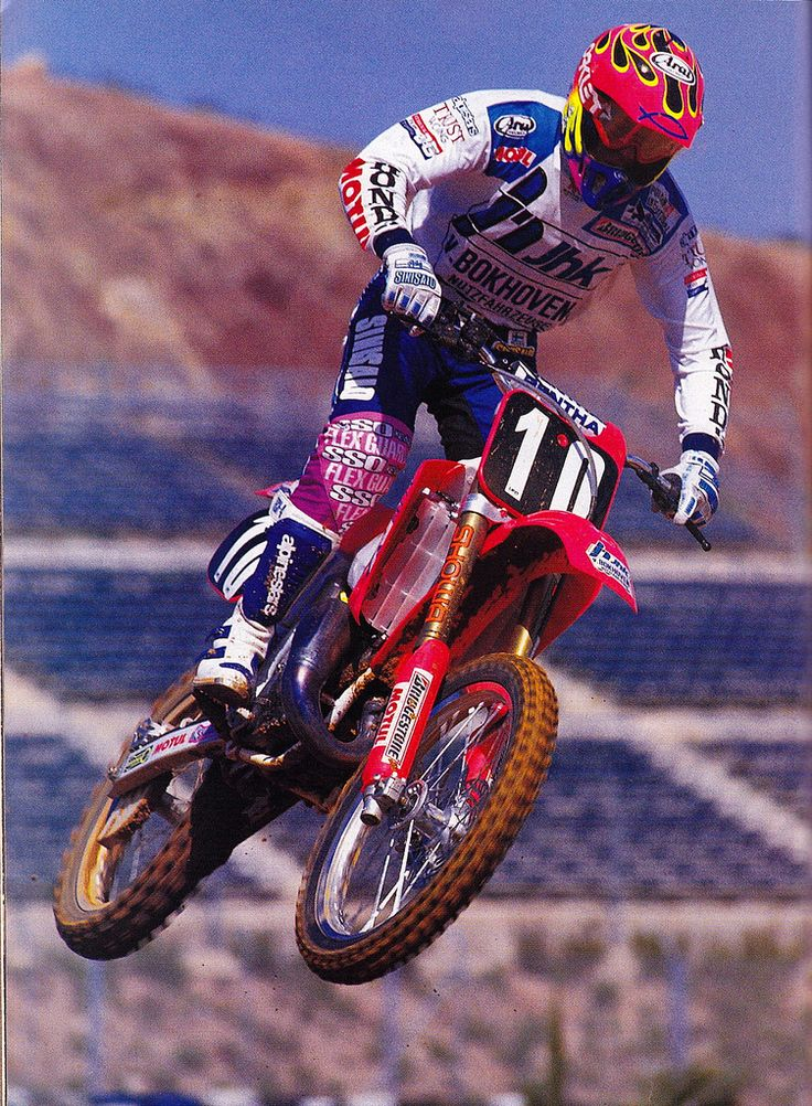 Greg Albertyn won his first world title in 1992 with 4 GP wins