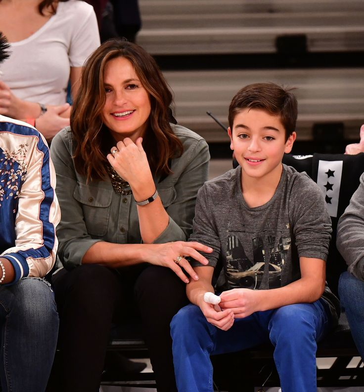 Mariska Hargitay and her look-alike son August Miklos Friedrich Hermann had a cute mother-son night at the New York Knicks game. (Photo by James Devaney/GC Images) via @AOL_Lifestyle Read more: https://www.aol.com/article/entertainment/2017/11/15/mariska-hargitay-look-alike-son/23278458/?a_dgi=aolshare_pinterest#fullscreen