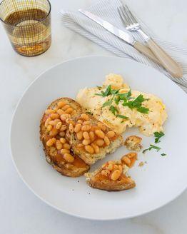 Scrambled Eggs with Baked Beans ....fav breaky Michelle Bridges 12WBT