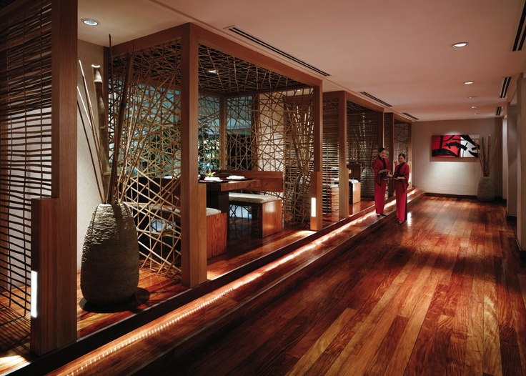 Restaurant Bar Interior In Edsa Shangri La Hotel Manila The Philippines