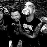 Seringai adalah band rock asal kota jakarta yang terbentuk Setahun setelah bubarnya band hardcore legendaris Puppen, pada tahun 2002. Sang vokalis Arian (Puppen) mengajak rekannya khemod (thrash grinders) dan Ricky Siahaan (Step Forward) untuk memainkan lagu-lagu seperti Black Sabbath, Motorhead, MC5,Slayer. Mereka mulai nge-jam bersama dan mulai menulis lagu – lagu mereka setelah sang bassis Toan bergabung dengan Seringai.