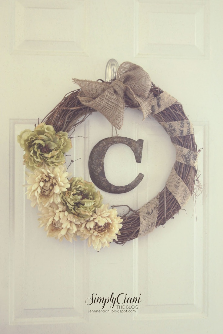love love loving this wreath by Simply Ciani - this lovely lady is SO talented.