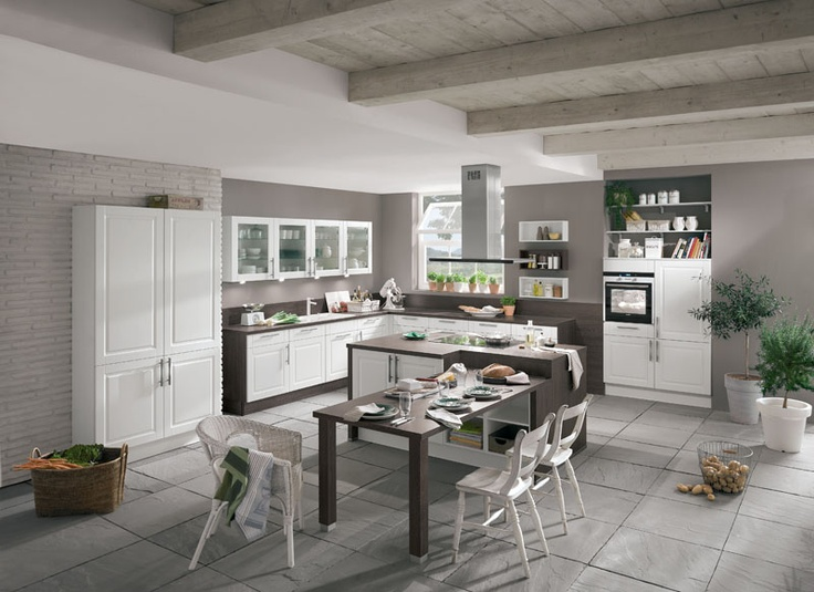 Bucatarii Nobilia   Design Si Calitate  Like The Idea Of The Drop Down  Table From The Island.
