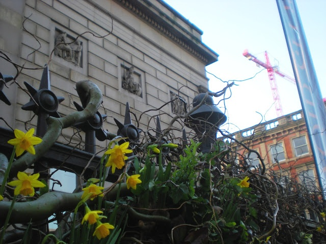 """I love Manchester City Art gallery - it houses my favourite painting """"Ophelia"""" by Arthur Hughes - mancunian wave: City Art Gallery is Shaw spring-like #citydailyphoto"""