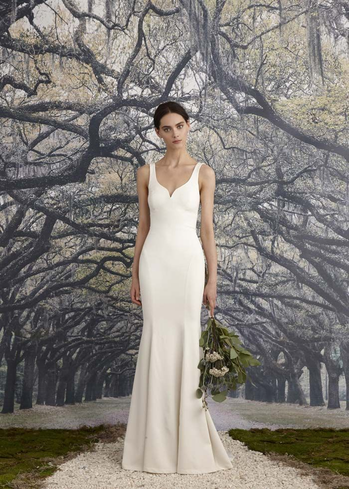 I like the simplicity of this dress. No lace or embellishments, sweetheart neck. The bottom isn't overly flared.