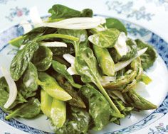 ASPARAGUS, SPINACH AND FENNEL SALAD WITH CREAMY TARRAGON DRESSING