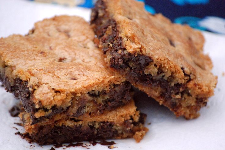 Chocolate Chip Cookie Bars: Chcolat Chips, Chocolate Chips, Cookie Bars, Chocolates Chips Cookies, Chocolate Chip Cookie, Chocolatechipcookiebar Mad, Yummy Cookies, Cookies Bar Thes, Chips Cookiebar