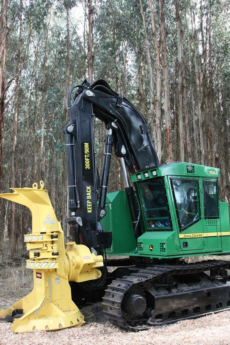 John Deere 753J feller buncher | AUSTimber 2012 |  Hitachi Construction Machinery Australia
