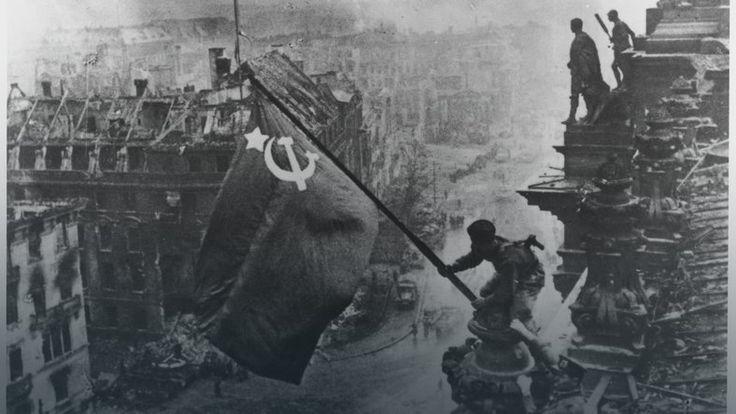 Flaga nad Reichstagiem – czyli historia ustawionego zdjęcia
