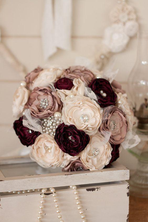 Dusty Rose, Burgundy and Ivory Wedding | Vintage Wedding Inspiration | Bridal Bouquet | Pearl Decor