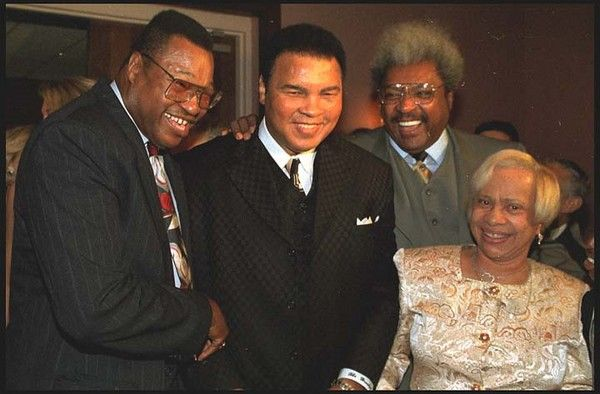 Muhammad Ali and Larry Holmes