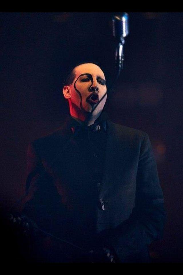 Marilyn Manson Lyrics, Songs, and Albums | Genius