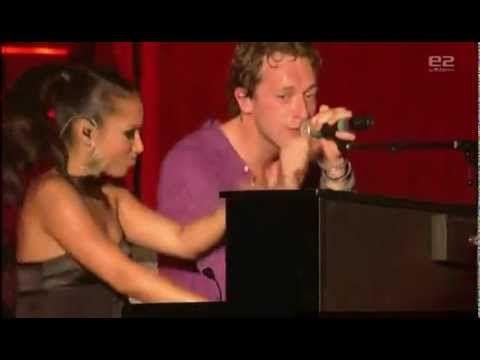 Coldplay feat. Alicia Keys - Clocks (Live 2008) - YouTube