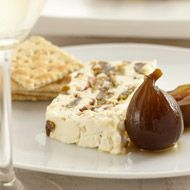 Nutty blue cheese and green fig slice Developed by Arina du Plessis. Serves 20  Ingredients     1 x 480 g bottle green fig preserve in syrup     200 g pecan nuts, lightly toasted     2 x 230 g tubs Simonsberg Creamy Blue Cream Cheese