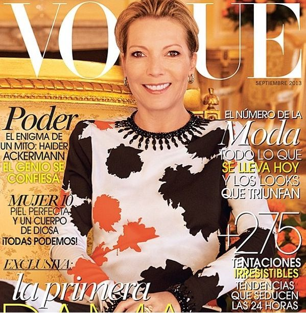 Vogue Latino América, Colombian  first lady wearing Johanna Ortíz.