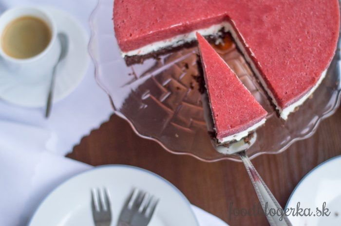 Jednoduchá jahodová torta s mascarpone
