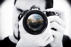 Hai una passione per la fotografia e vorresti farne la tua professione ?  Iscriviti su YOUBITI e completa il tuo profilo, mostrando il tuo talento e la tua creatività. Dalla fotografia di moda ai reportage, dai servizi per matrimoni alle foto artistiche, sono tante le specializzazioni dove potrai esprimerti al meglio !  Incontra i tuoi futuri clienti su YOUBITI, il portale sociale del lavoro dedicato al mondo dello spettacolo e attività correlate.