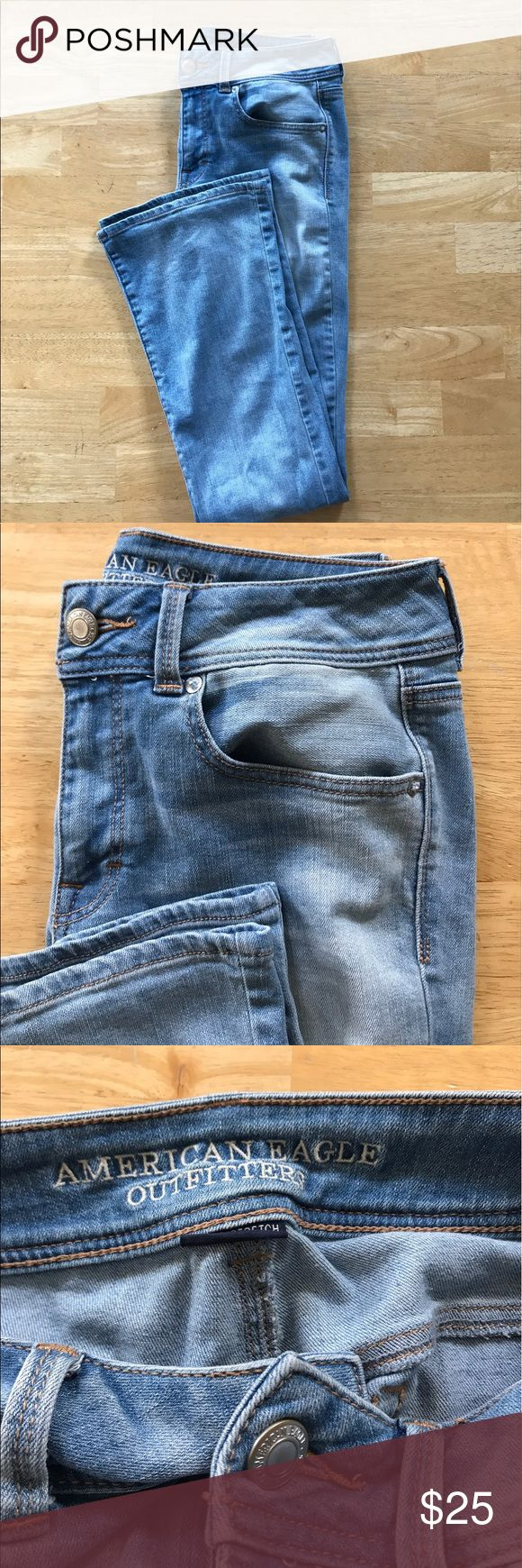 ⭐️SALE⭐️ American Eagle bell button jeans American Eagle bell bottom jeans size 6 these are hardly worn they were worn once. Flare leg American Eagle Outfitters Jeans Flare & Wide Leg