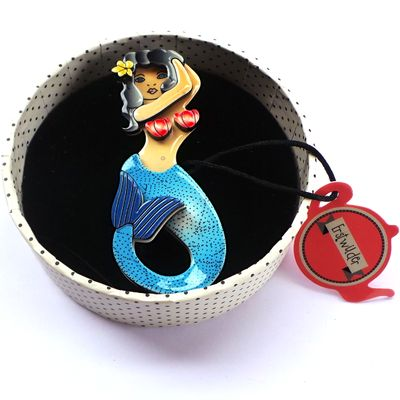 Mermaid! Love her and want her!!