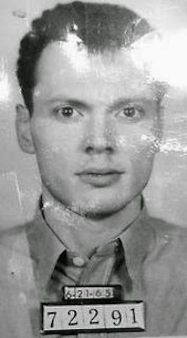 serial killers and the influences in Research question(s): why have infamous serial killer cases become so popular in the media and are portrayed in hollywood films/tv shows why do the audiences find horror movies based on killers entertaining.