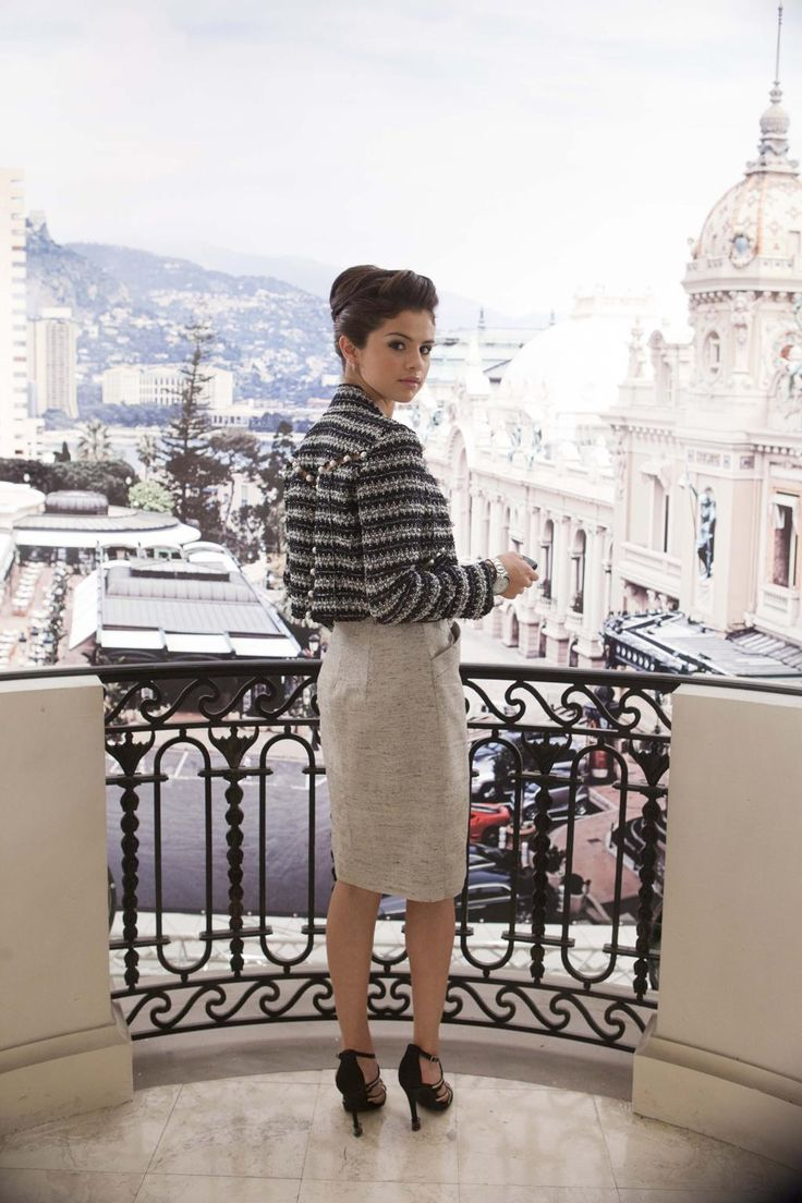 Monte Carlo photo shoot. (Selena Gomez)