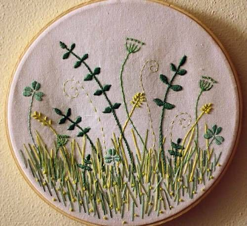 love the colors and the embroidery...made by Bubblegum_phoenix on Craftster