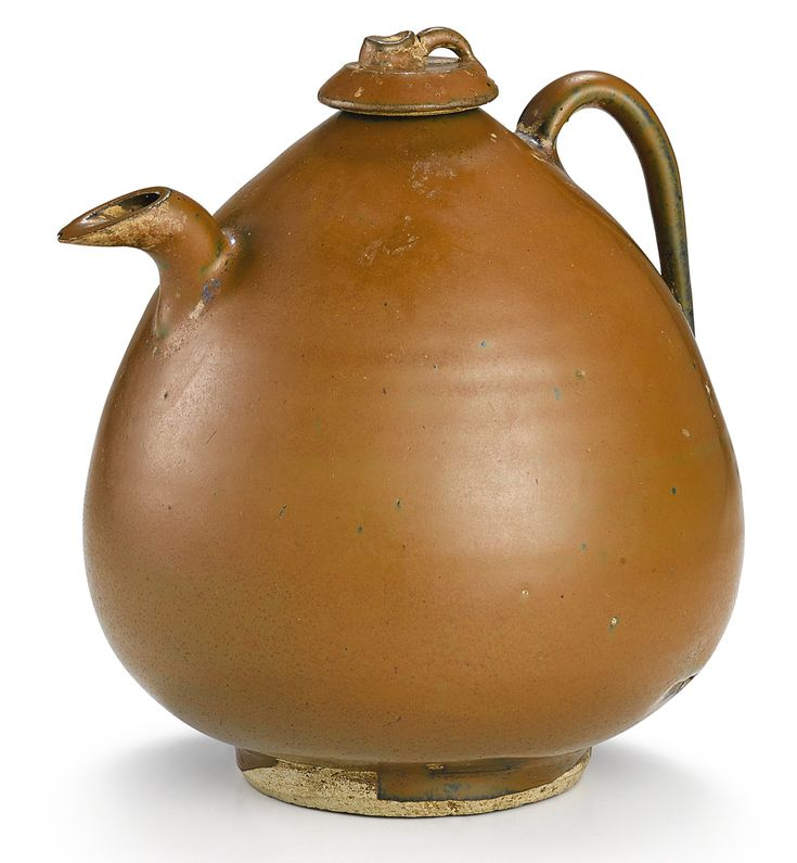 A 'CIZHOU' PERSIMMON-GLAZED EWER AND COVER  NORTHERN SONG – JIN DYNASTY