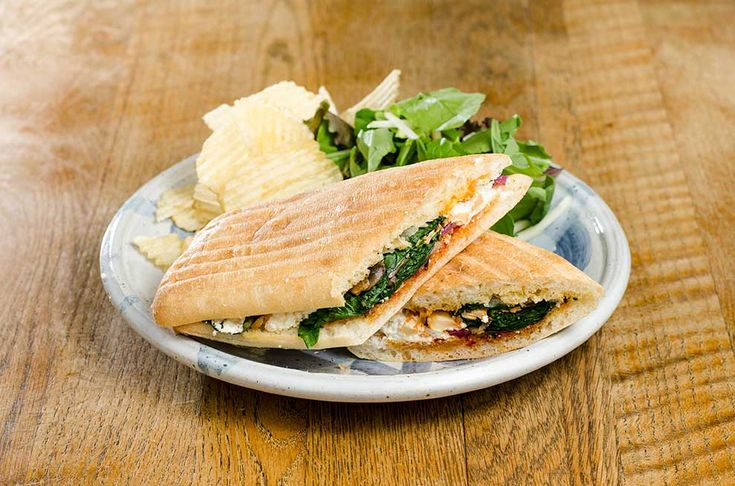 goat.cheese.roasted.vegetable.sandwich | Grilled cheese lover ...