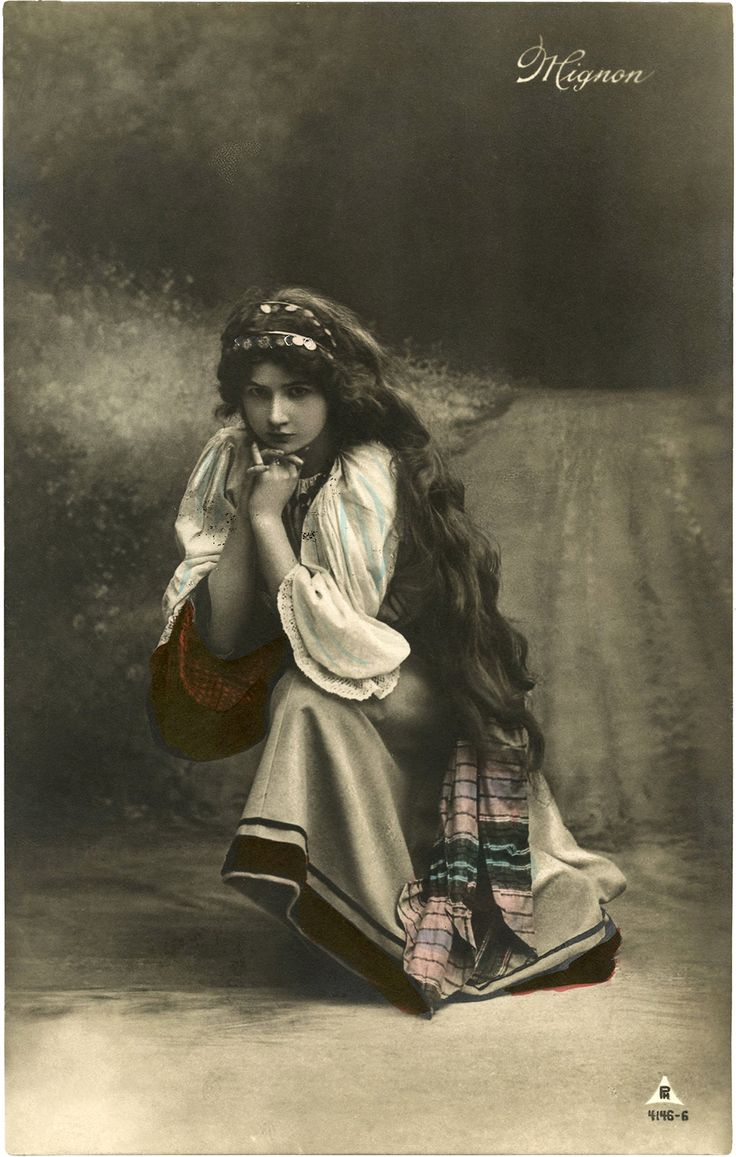 Pretty Vintage Gypsy Photo