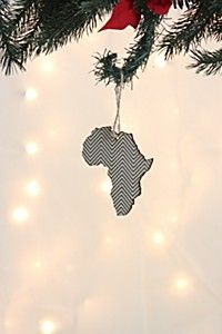 GEOMETRIC WOODEN AFRICAN MAP DECORATION