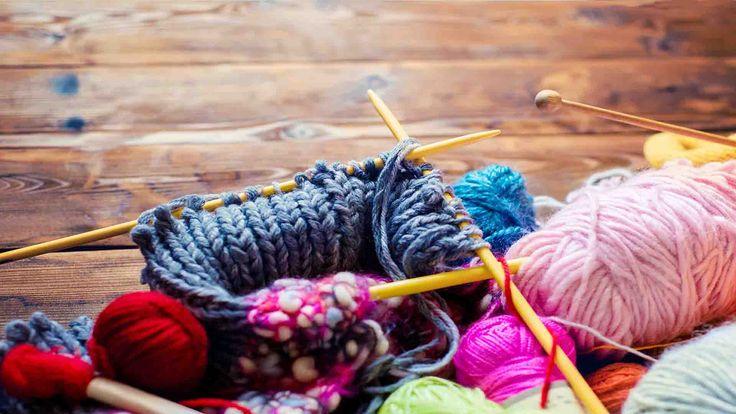 Aangezien breien het nieuwe yoga is 😉 Zo rolt je bol wol nooit meer weg en glijdt handwerk niet meer van de pennen. Helemaal zen handwerken.