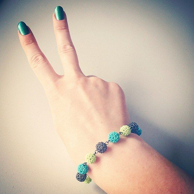 avocado beaded bracelet