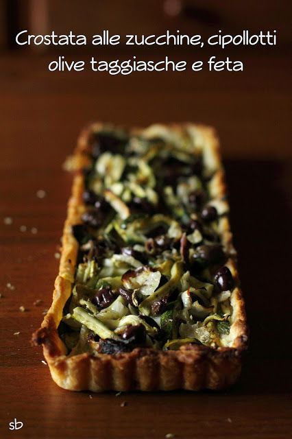 La Susina on the rocks: Crostata salata alle zucchine, cipollotti, olive taggiasche e feta.