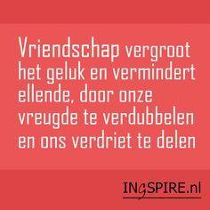 """Vriendschap """"Vriendschap vergroot het geluk en vermindert ellende, door onze vreugde te verdubbelen en ons verdriet te delen"""". Deze quote over vriendschap is van de Britse schrijver, dichter en politicusJoseph Addison(1672 -1719). Ontdek nog meer Nederlandse quotes over vriendschap. Deze selectie van leuke citaten en wijze woorden over vriendschap inspireren de geest, het hart en …"""