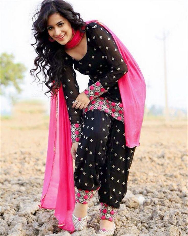 Punjabi model and actress Sara Gurpal in a beautiful Punjabi suit