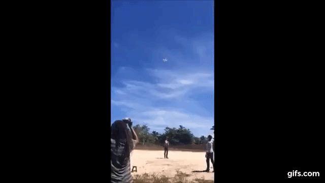 Sobrevoo de drones em Demerval Lob