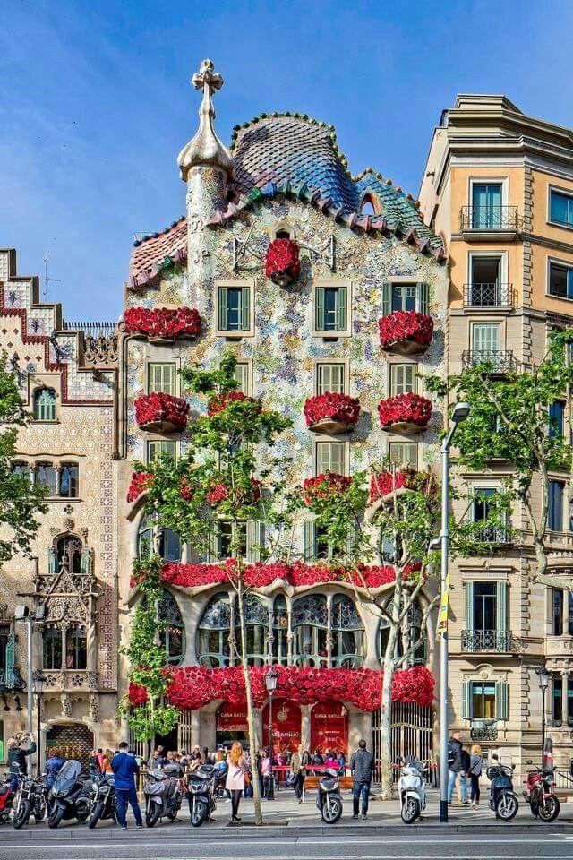 38 best sant jordi images on pinterest barcelona city for Piscinas sant jordi barcelona