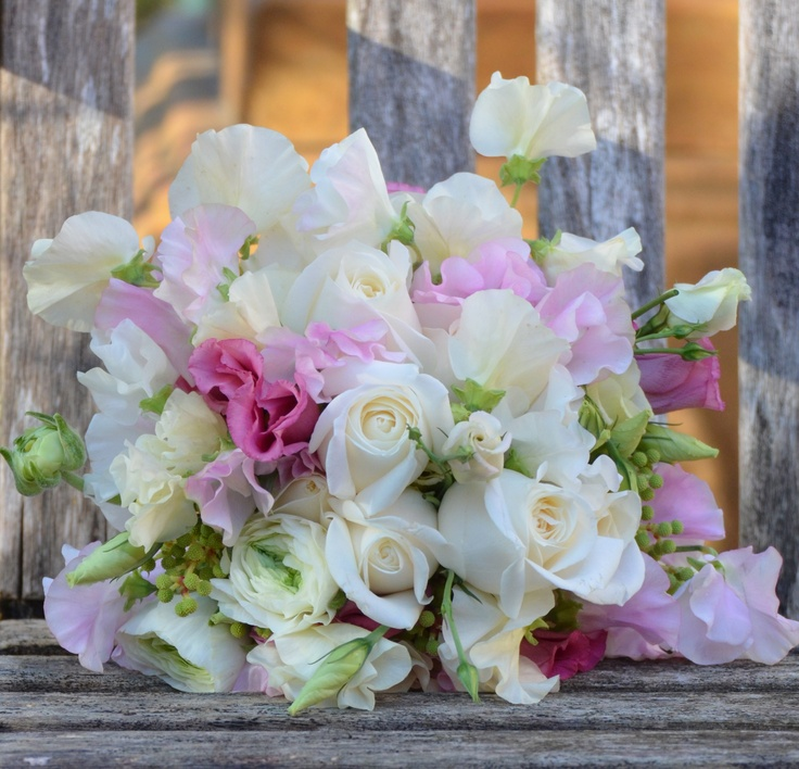 17 best images about bouquet chic pink shades bouquets on for Bouquet chic