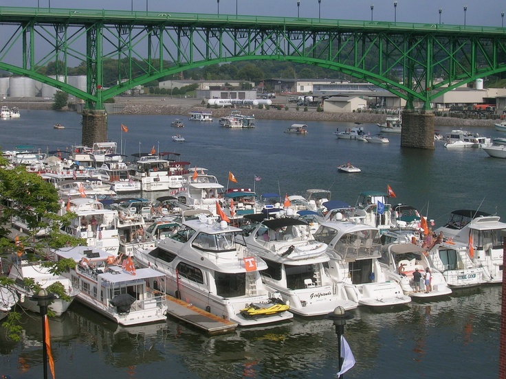 Vol Navy on UT Football Gamedays- one day when we get that cabin cruiser!