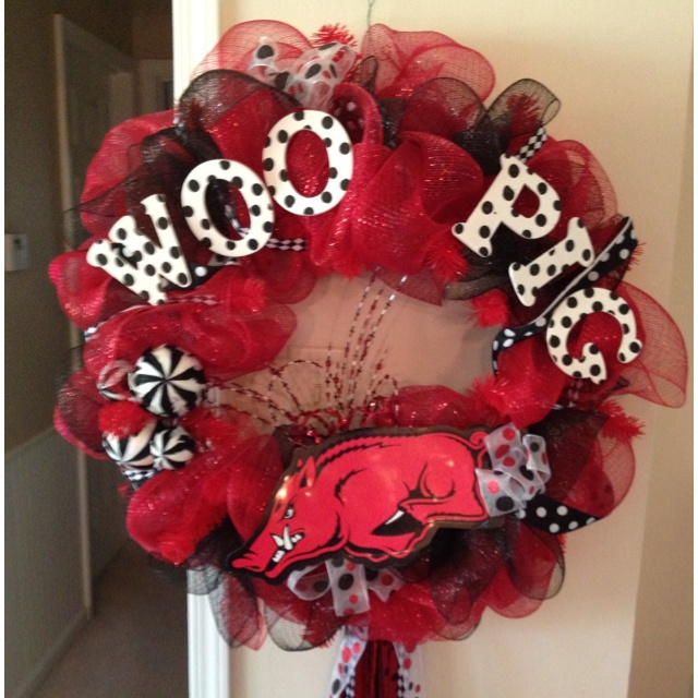 Razorback wreath for mom :-)