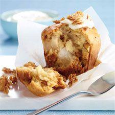 #Muffins aux #poires, au #yogourt et au #granola