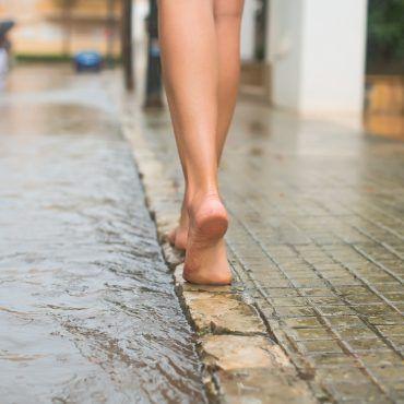 Barfuß laufen lernen - Viele Tipps und Übungen   evidero