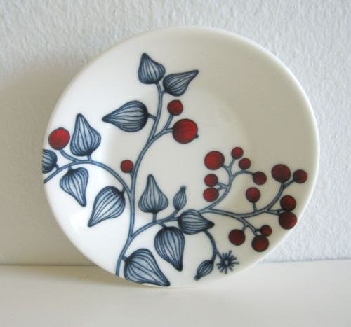 Arabia Finland Frost Berry plate 11,5 cm, decoration Heini Riitahuhta