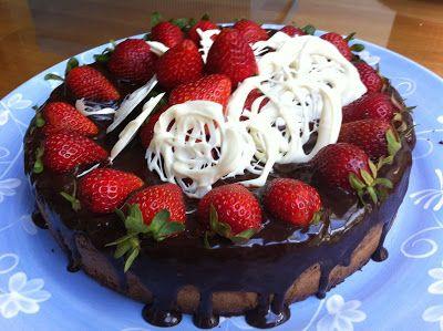 #Thermomix : Flourless Almond #Cake with Chocolate Ganache #recipe