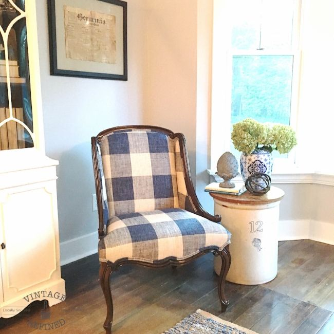 Blue And White Buffalo Check Chair