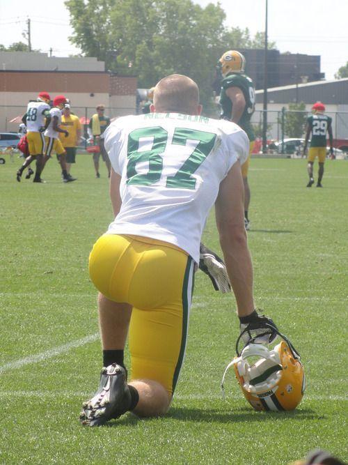 Best ass butt in football