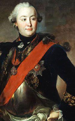 Pierre monte sur le trône à la mort de la tsarine Élisabeth, le 5 janvier 1762, et prend le nom de Pierre III. Il n'a rien de plus pressé que de se retirer de l'alliance avec la France et l'Autriche contre la Prusse, sauvant son héros, Frédéric II, d'une situation désespérée. Il restitue à la Prusse la Poméranie et la Prusse-orientale.   Le bruit court enfin que le nouveau tsar se prépare à abolir le servage.