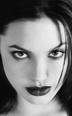 Angelina Jolie Aspergers Syndrome, Depression and Brad Pitt