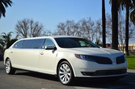 Lincoln : MKS Limousine